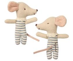 Babymus, Sovande/vaken i ask pojke, brunrandig sovsäck, Maileg