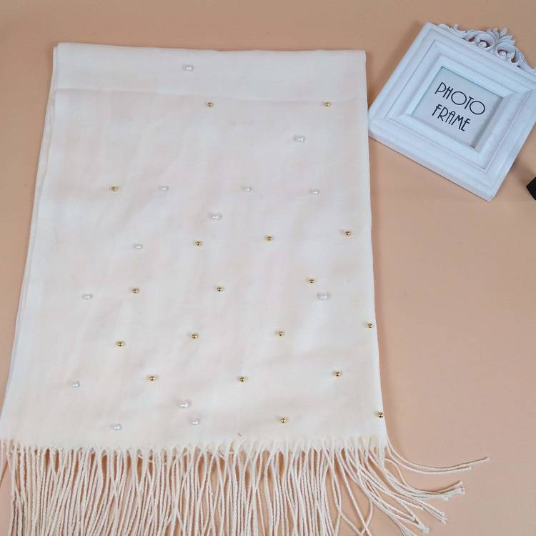 Pashmina with pearls
