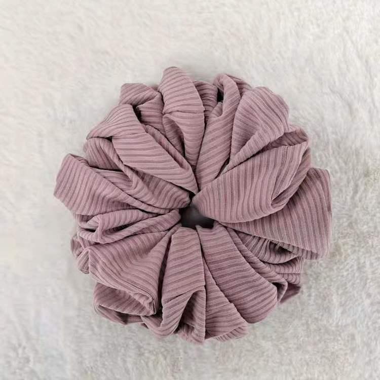 Ribbed scrunchie