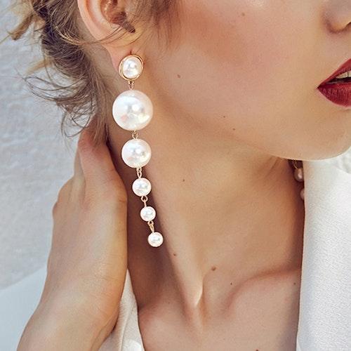 Oversized pärlörhänge