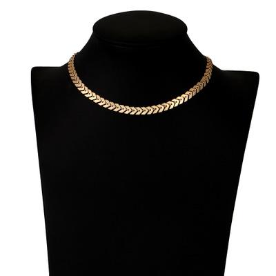 Guld lövs choker halsband