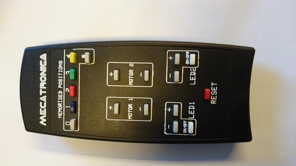 HDconnect Fjärrkontroll motoriserat takfäste 17 knappar