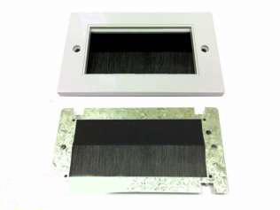Digitaltvexperten Universal modul med borste svart dubbel