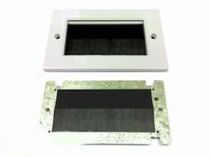 Universal modul med borste svart dubbel