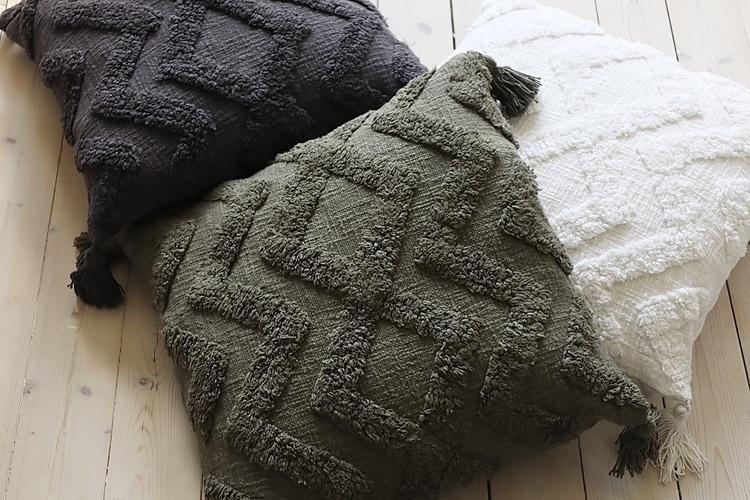 Cora Kuddfodral med tuftat mönster - Oliv