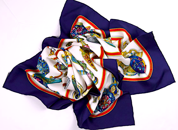 "AUTHENTIC HERMES SCARF "" QU IMPORTE LE FLACON"" SILK BLUE"