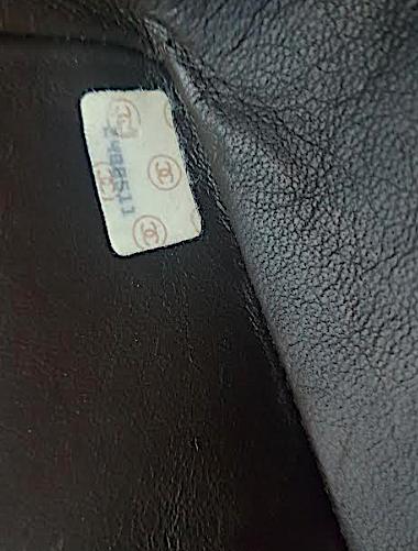CHANEL CLASSIC MAXI JUMBO XL Flap Väska