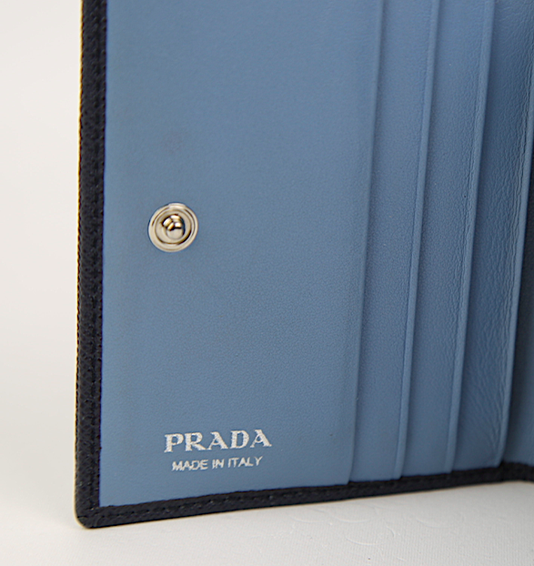 PRADA Small Trifold Wallet Saffiano Leather