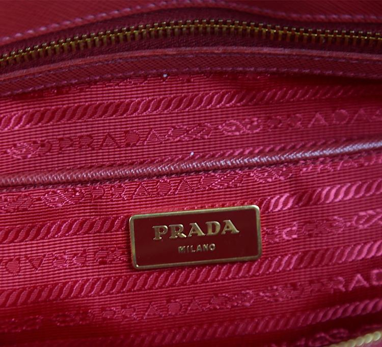 Prada Saffiano Lux Leather Double Zip Tote Väska
