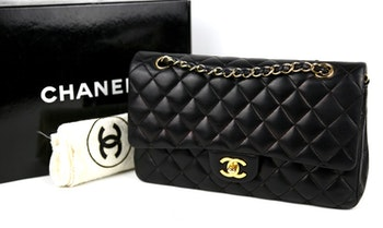 CHANEL Classic Medium Double Flap Väska