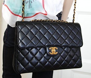 CHANEL JUMBO CLASSIC SINGLE Flap Väska