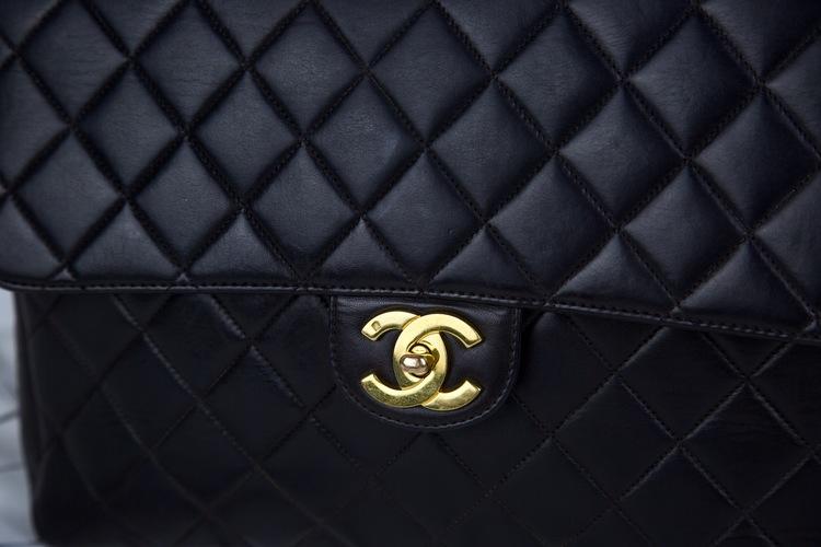 CHANEL JUMBO CLASSIC SINGLE Flap Väska