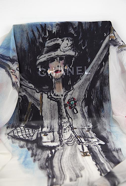 Chanel Silke Scarf