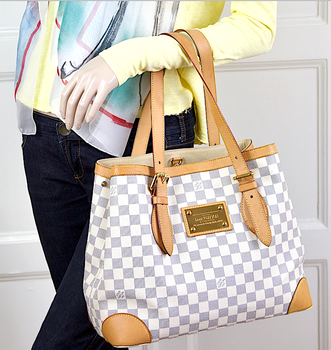 LOUIS VUITTON Azur Damier Hampstead MM Väska