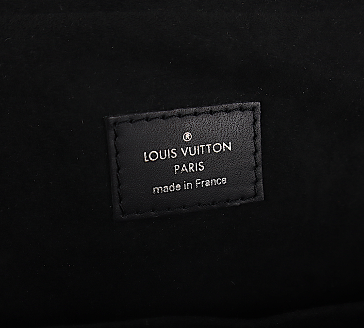 LOUIS VUITTON DANDY MM VÄSKA