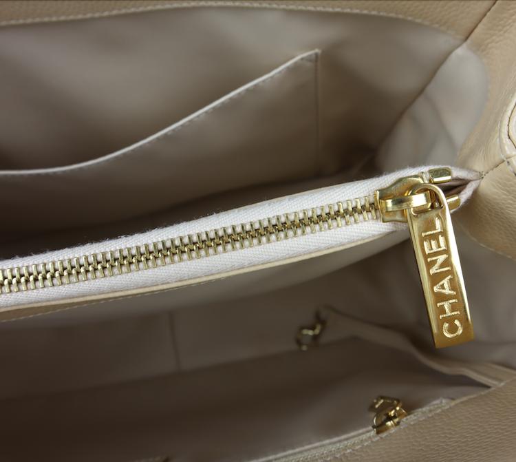 Chanel GST Grand Shopping Beige Kaviar Läder Väska