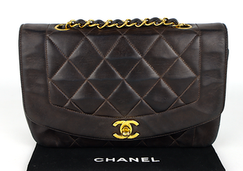 Chanel Diana Small Brun Väska