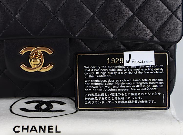 Chanel Classic Medium Double Flap Väska / Kvitto - Reserverad