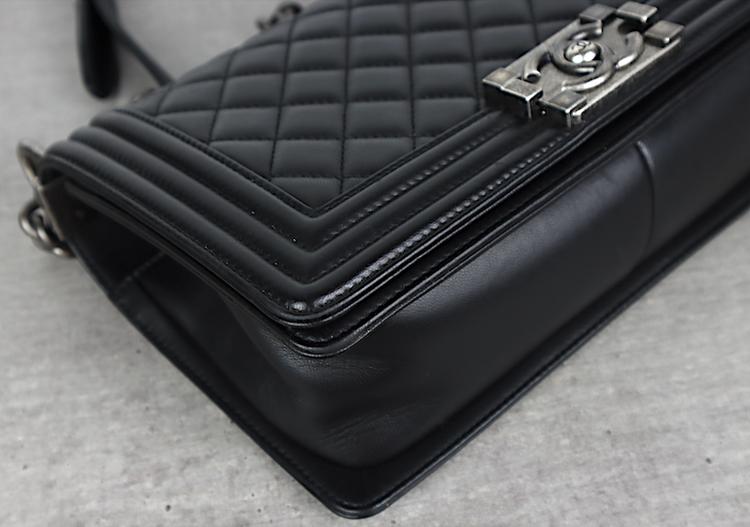 Chanel Medium Boy Väska / kvitto,kort,dustbag,kartong