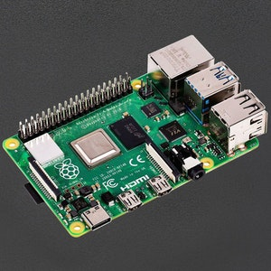 Raspberry Pi 4  4GB with DockerPi PowerBoard