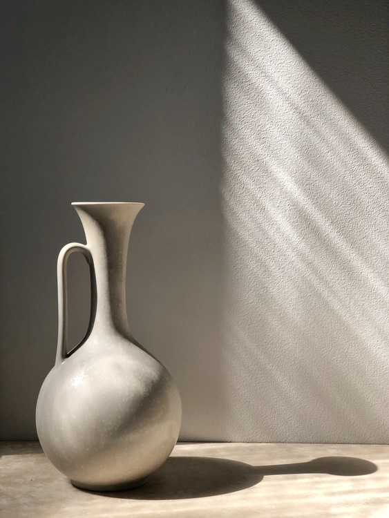 Gunnar Nylund Ceramic Vessel with Eggshell Glaze for Rörstrand.