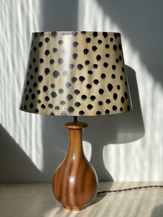 Gunnar Nylund Organic Formed, Brown Table Lamp for Rörstrand. 1950s.