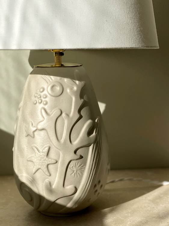 Anna-Lisa Thomson Beige Ceramic Table Lamp for Upsala-Ekeby. 1940s.