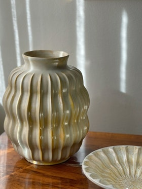 Upsala-Ekeby Art Deco set with Vase and Tray. 1930s.