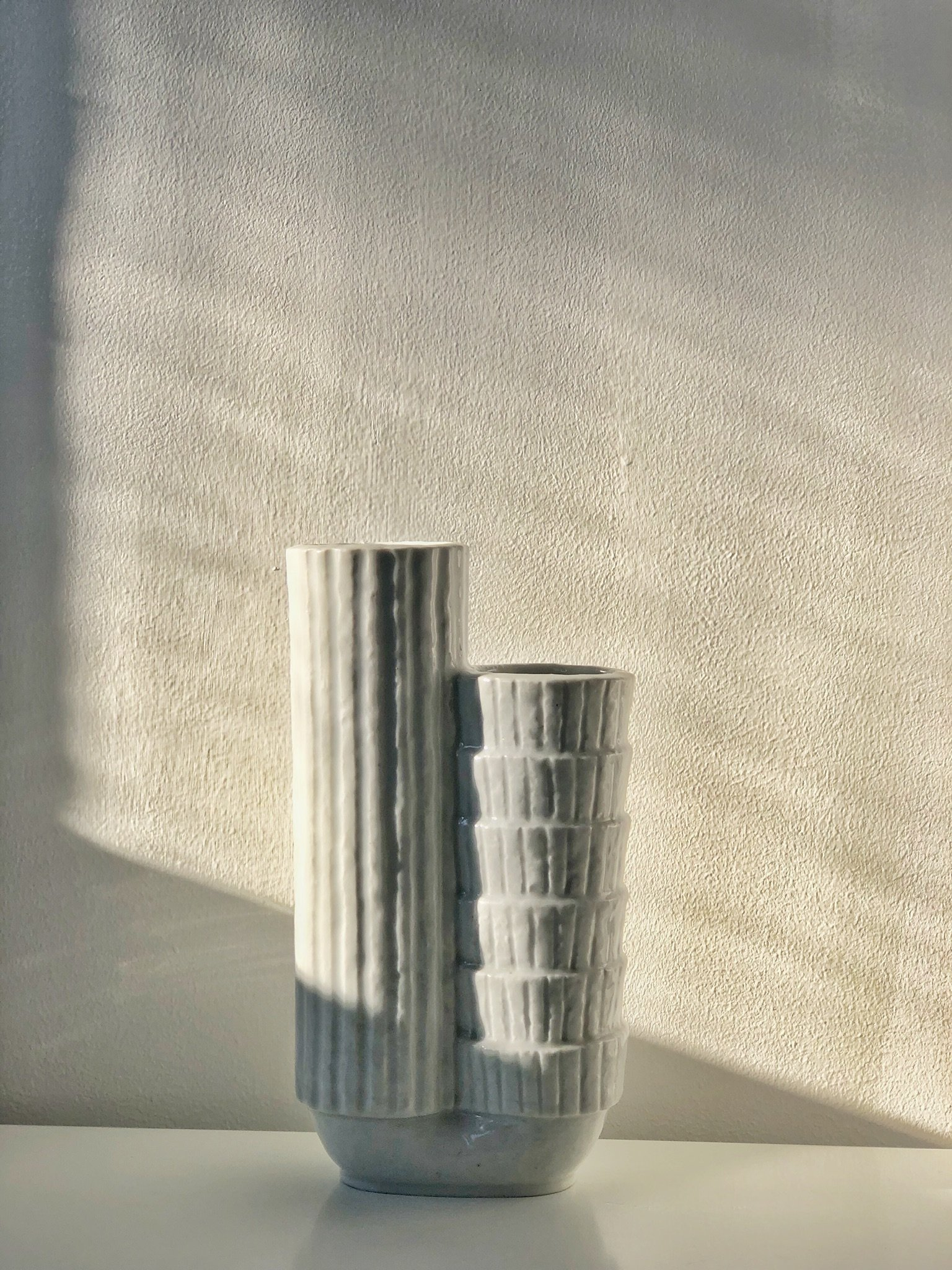 Gunnar Nylund Chamotte Vase white
