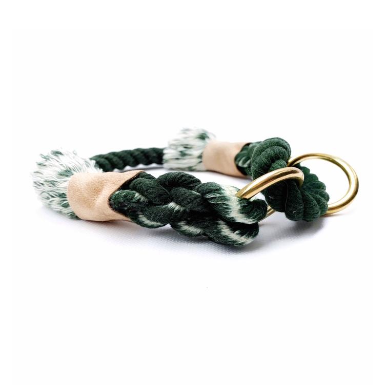 Grönt hundhalsband av rep