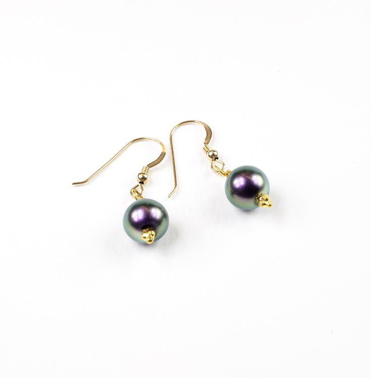 Örhängen med grå-grön-lila pärla