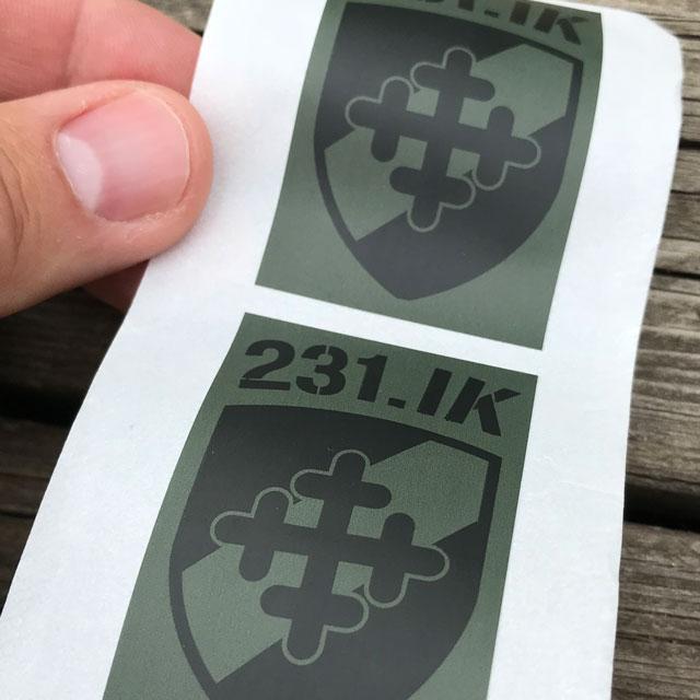 Gröna och svarta Klistermärken 231.IK.