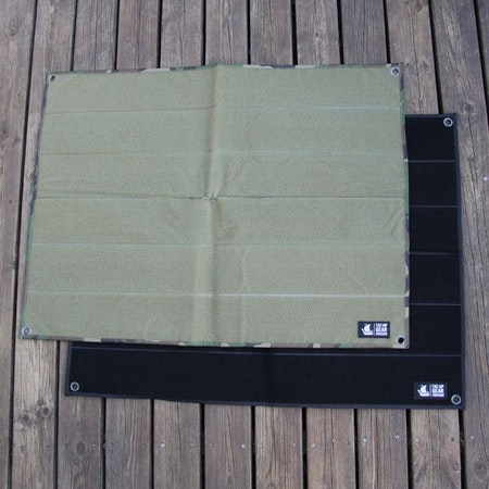 A Kardborre Wall Mat Display Bundle.