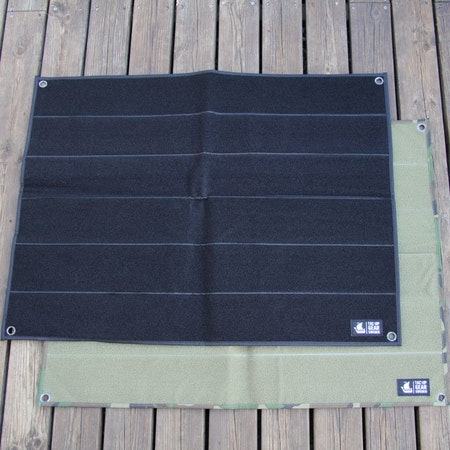 Black one is on top in this Kardborre Wall Mat Display Bundle product photo.