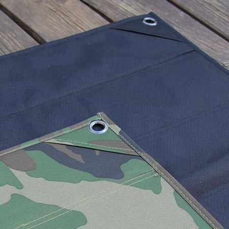 Showing the Kardborre Wall Mat Display Bundle camouflage and black backsides.