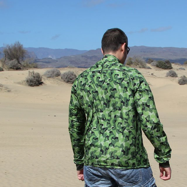 Backview showing of a Running Jacket M90 MI.
