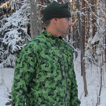 Swedish winter photoshoot of a Running Jacket M90 MI.