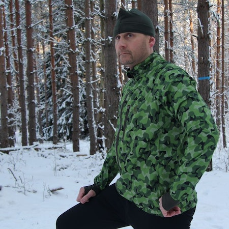 Winter photoshoot of a Running Jacket M90 MI.