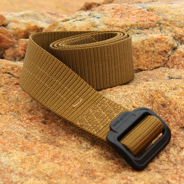 Expedition Belt Coyote with stone background.