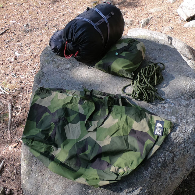 The Biggie Bag M90 will hold many soft items like sleepingbag and clothes