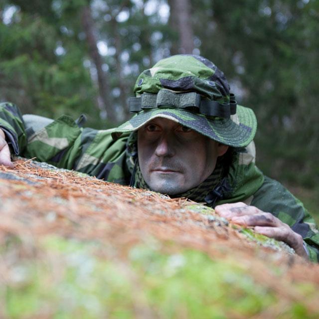 Boonie Hat NCWR M90 in Swedish nature.