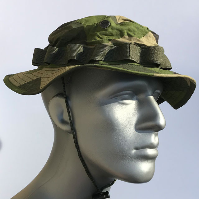 Side view of a Boonie Hat NCWR M90 on mannequin