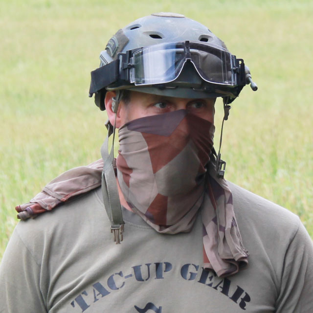 Desert Scarf M90K worn over face together with Ops Core helmet and goggles.