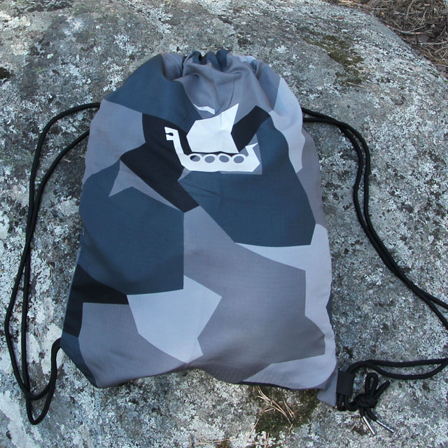 Front view of the Drawstring Sports Bag M90 Grey
