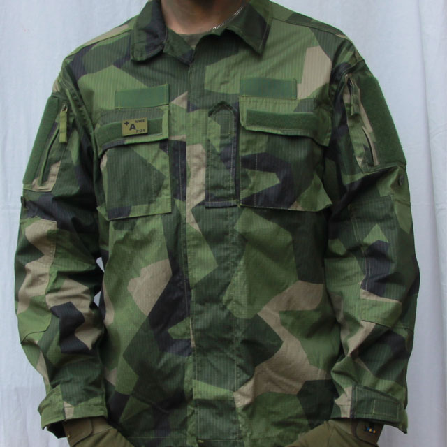 Field Shirt M90 full on front photo.