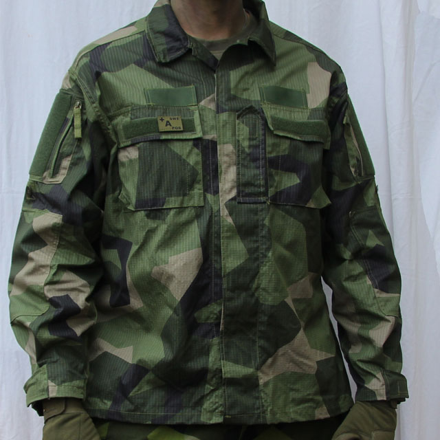 Field Shirt M90 front picture.