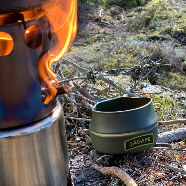 A fire and a Folding Cup JÄGARE OD Yellow/Black/Yellow
