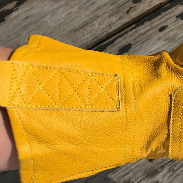 Great tripple stitching on a Bushcraft Leather Glove.