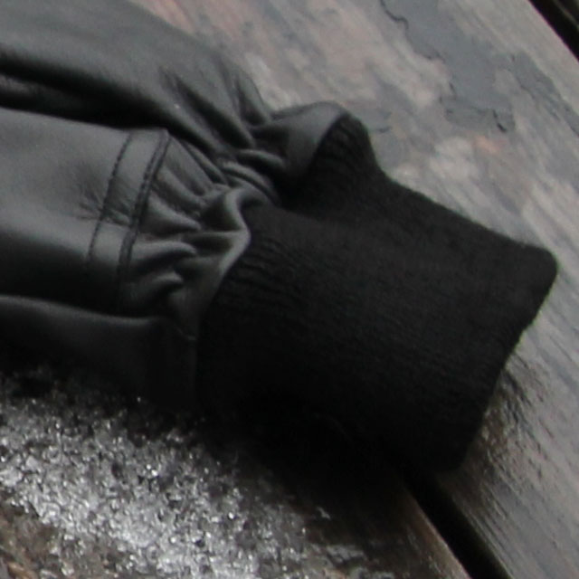 Soft and strechy cuff on a Officer Black Leather Glove.