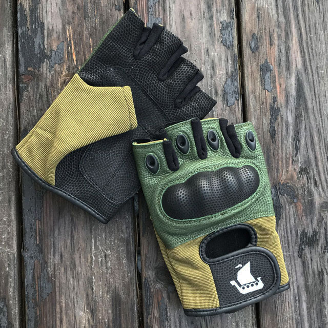 2 Short Finger Tactical Glove Green gloves.